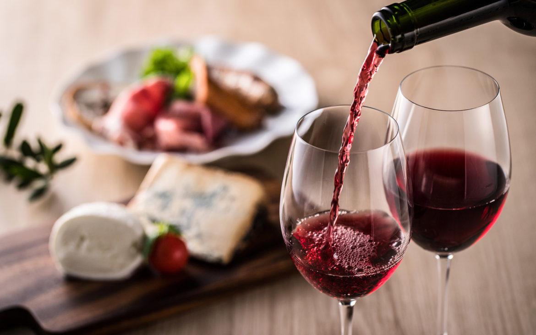 Czerwone wino może wspomagać leczenie depresji i stanów lękowych?