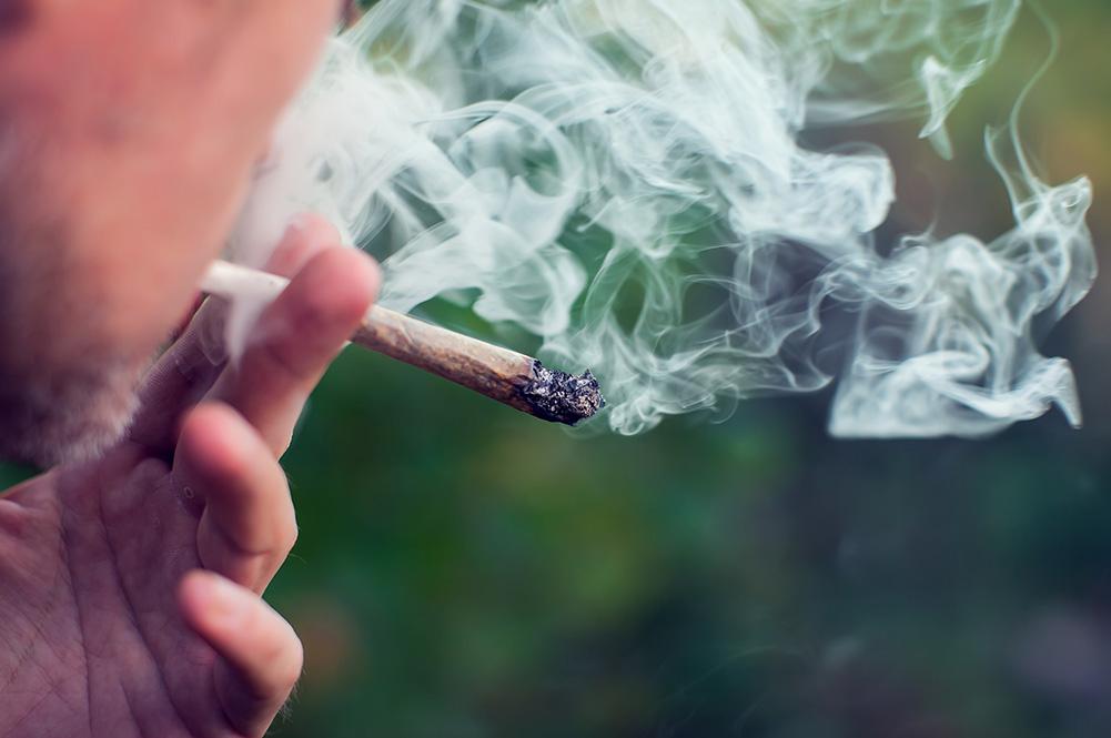 palenie marihuany może być powiązane z wystąpieniem autyzmu